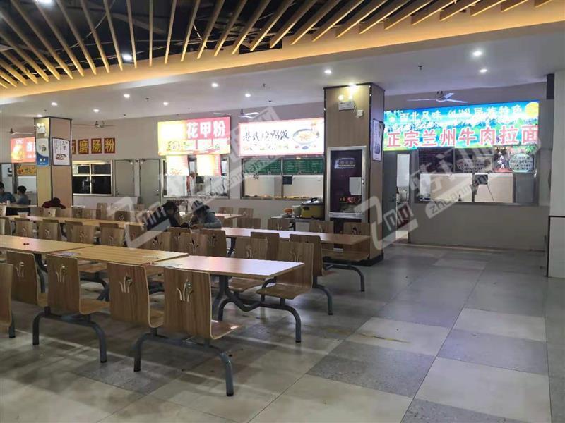 赣州职业技术学院8000学生的食堂粉面档口转让,不用租金