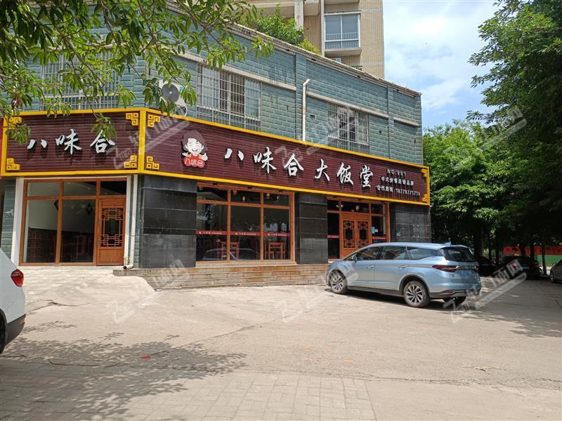 龙岭工业园中式餐厅转让转角位置停车方便